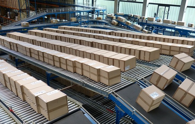 logistics-852936_640